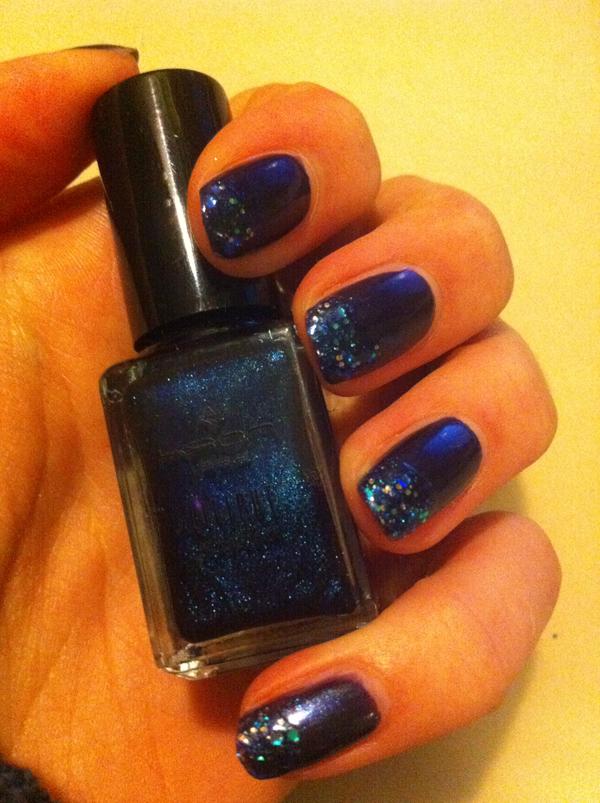Nailart blauw