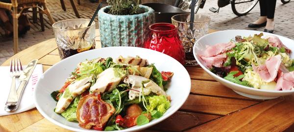 Naast de Markt in Utrecht; salades