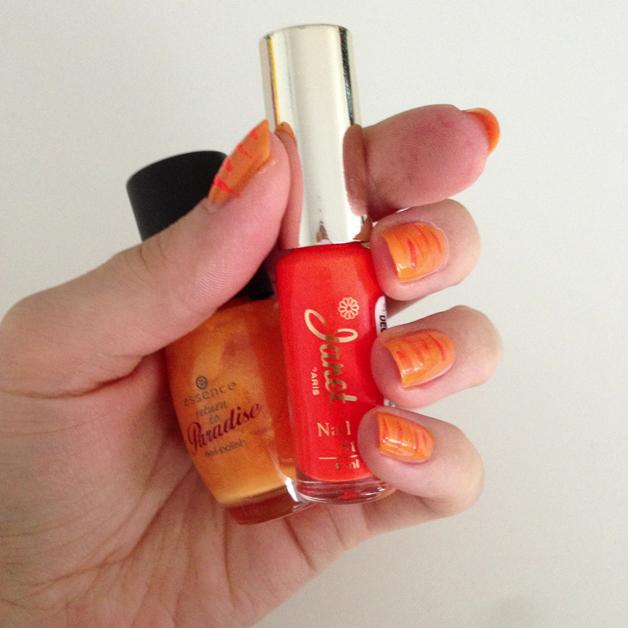 Oranje nagellak: leeuw